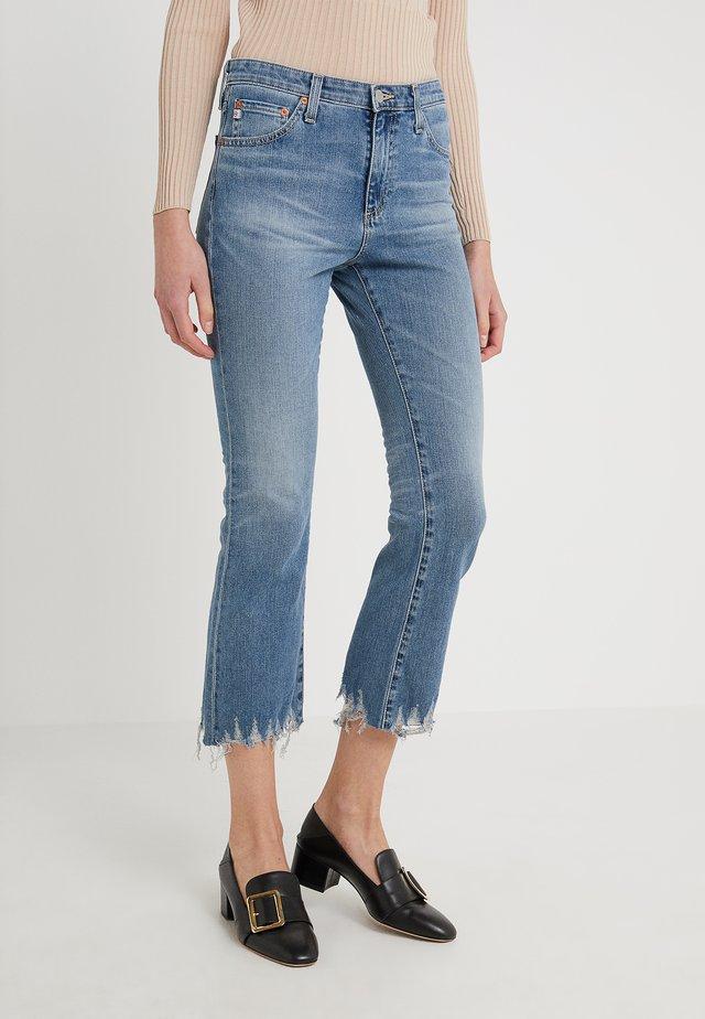 JODI CROP - Bootcut jeans - blue denim