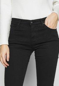 AG Jeans - HARPER  - Džíny Straight Fit - black - 3