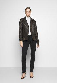 AG Jeans - HARPER  - Džíny Straight Fit - black - 1