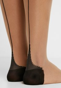 Agent Provocateur - AMBER STOCKING - Over-the-knee socks - champagne/black - 3
