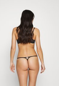 Agent Provocateur - LORNA THONG - String - black/pink - 2