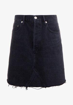ADER SKIRT - Áčková sukně - pose