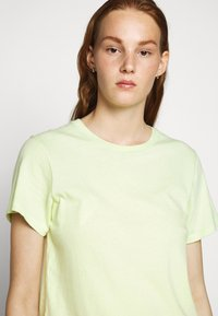 Agolde - MARIAM TEE - T-shirts print - sunrise - 3
