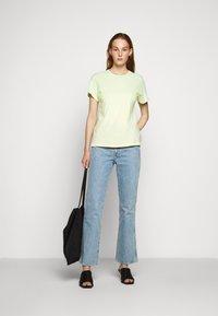 Agolde - MARIAM TEE - T-shirts print - sunrise - 1