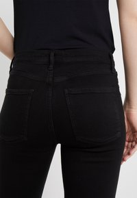 Agolde - SOPHIE ANKLE - Jeansy Skinny Fit - sane - 5