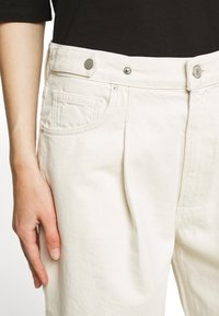 Agolde - BAGGY TAB - Relaxed fit jeans - paper - 6