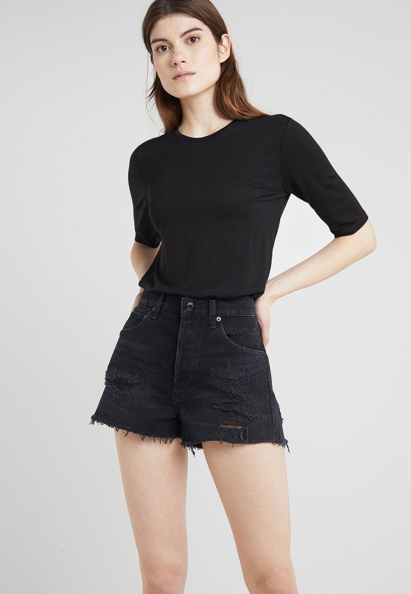 Agolde - JAMIE HIGH RISE - Jeans Short / cowboy shorts - clash