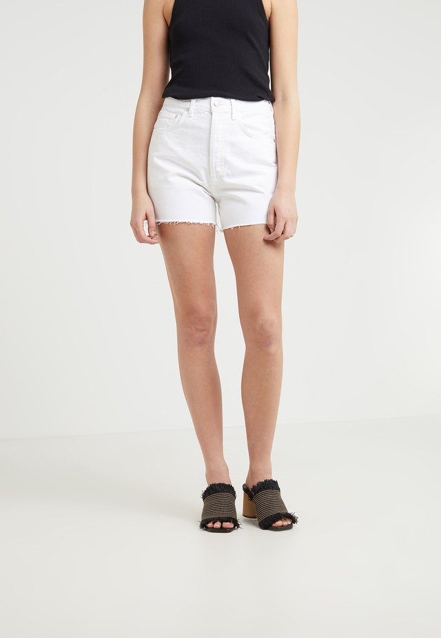 DEE SHORT - Jeans Shorts - oyster