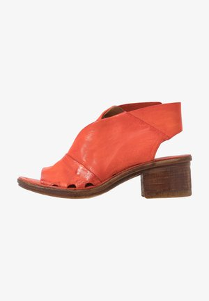 Sandales classiques / Spartiates - corallo