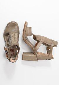 A.S.98 - Sandály na vysokém podpatku - africa - 3