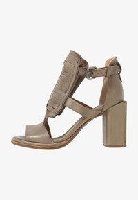 A.S.98 - Sandály na vysokém podpatku - africa - 1