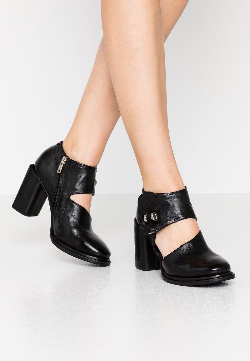 A.S.98 - Kotníková obuv na vysokém podpatku - nero