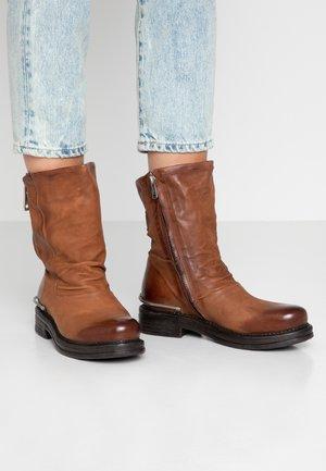 Biker-/cowboysaappaat - calvados
