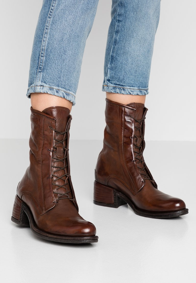 A.S.98 - Lace-up ankle boots - calvados