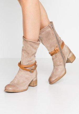 Cowboy/Biker boots - dust natur