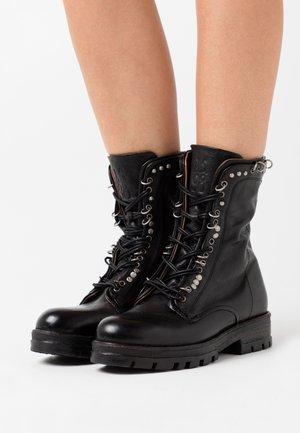 Kovbojské/motorkářské boty - nero