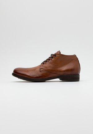 TINTONKAPO - Šněrovací boty - calvados