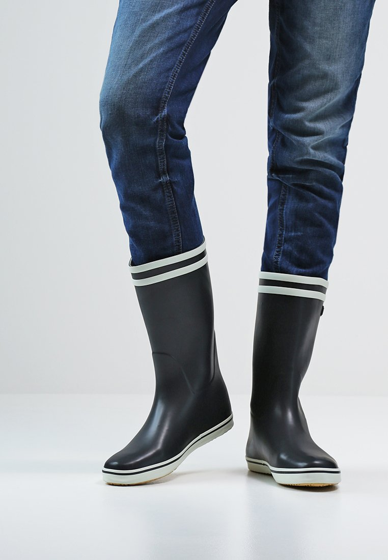Women's boots   Slip them on & feel great   at ZALANDO