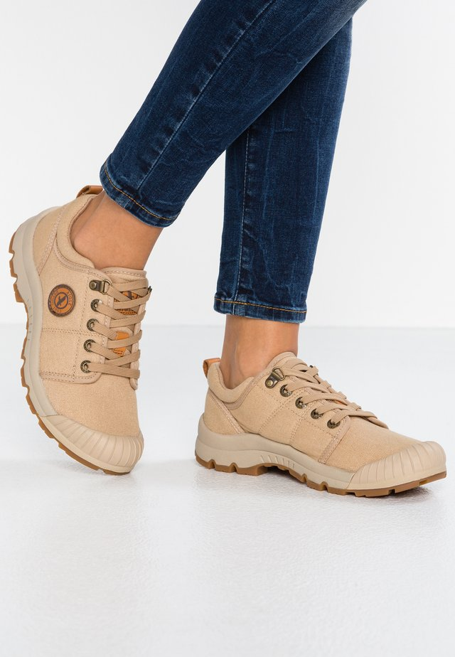 TENERE LIGHT - Trainers - sand