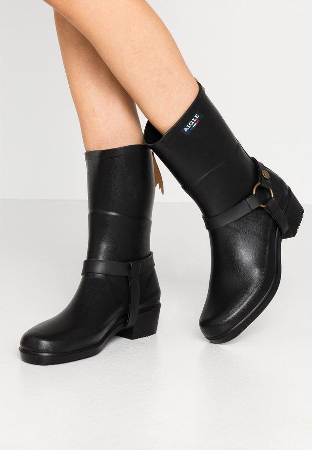 MISS JULIE - Bottes en caoutchouc - noir