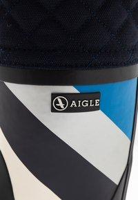 Aigle - POLKA GIBOULEE PRINT - Bottes en caoutchouc - darknavy/hilly - 2