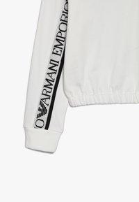 Emporio Armani - MAGLIA - Jersey con capucha - bianco caldo - 3