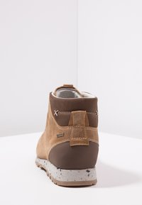 Aku - BELLAMONT LUX MID GTX - Hiking shoes - beige - 3