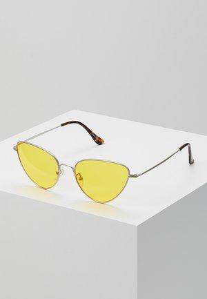 WIVI - Sluneční brýle - silver-coloured/yellow