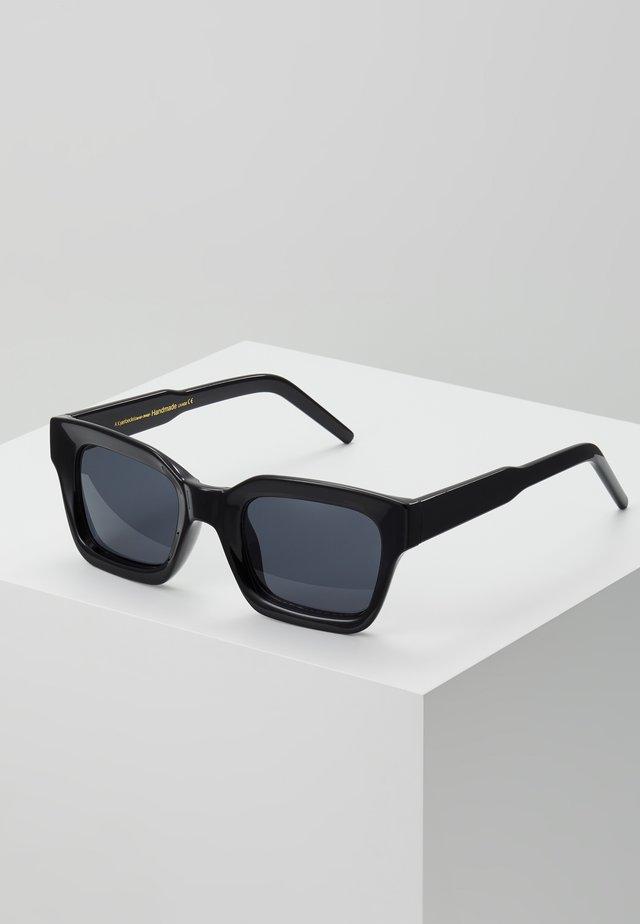 GIGI - Lunettes de soleil - black