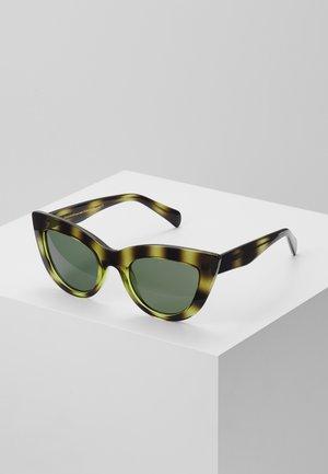 STELLA - Sonnenbrille - demi olive