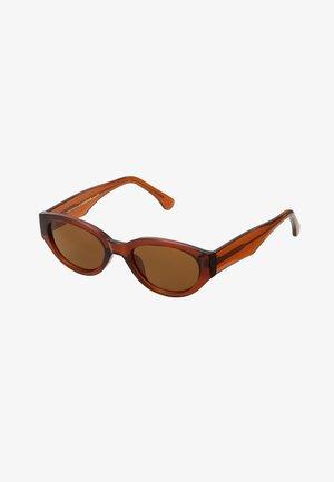 WINNIE - Aurinkolasit - brown