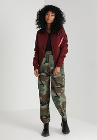Alpha Industries - Bomberjacks - burgundy - 1