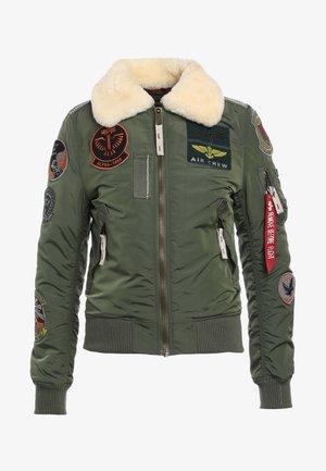 INJECTOR PATCH - Bomber bunda - sage green