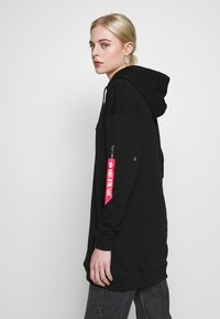 Alpha Industries - BIG HOODY - Luvtröja - black - 3