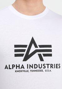 Alpha Industries - BASIC - T-shirt print - weiss - 4