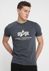 Alpha Industries - BASIC - T-shirts med print - anthrazit - 0
