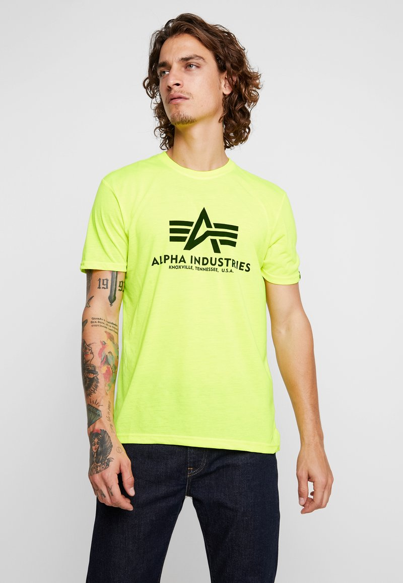 Alpha Industries - BASIC - Print T-shirt - neon yellow