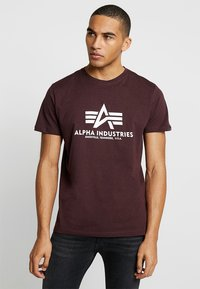 Alpha Industries - BASIC - T-shirts print - deep maroon - 0