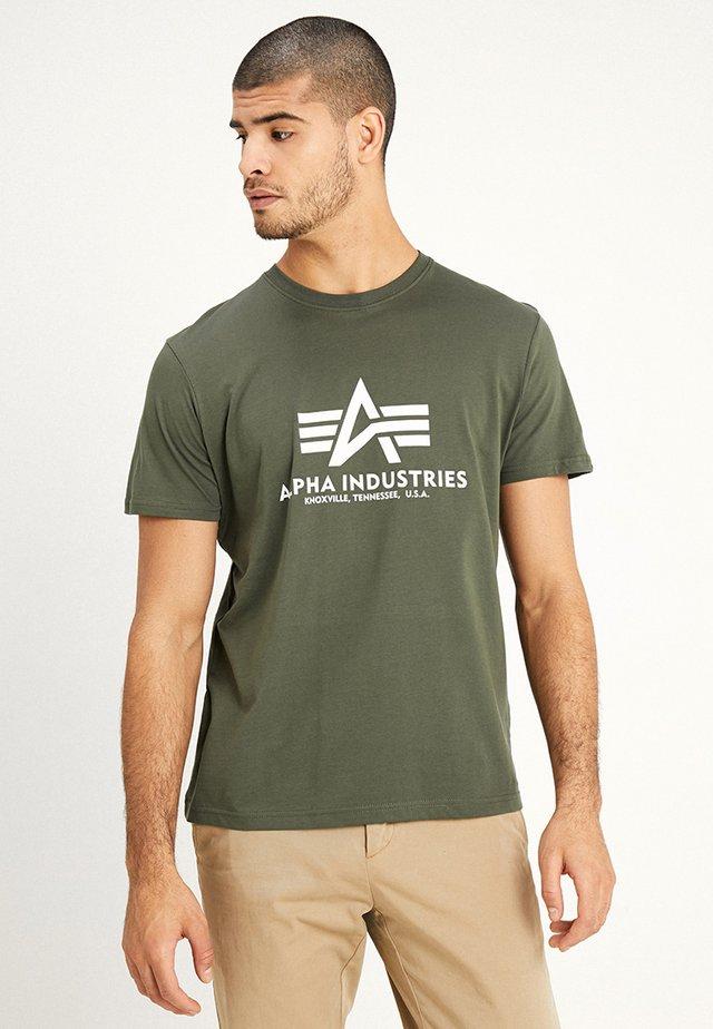 BASIC - T-shirt z nadrukiem - dark oliv