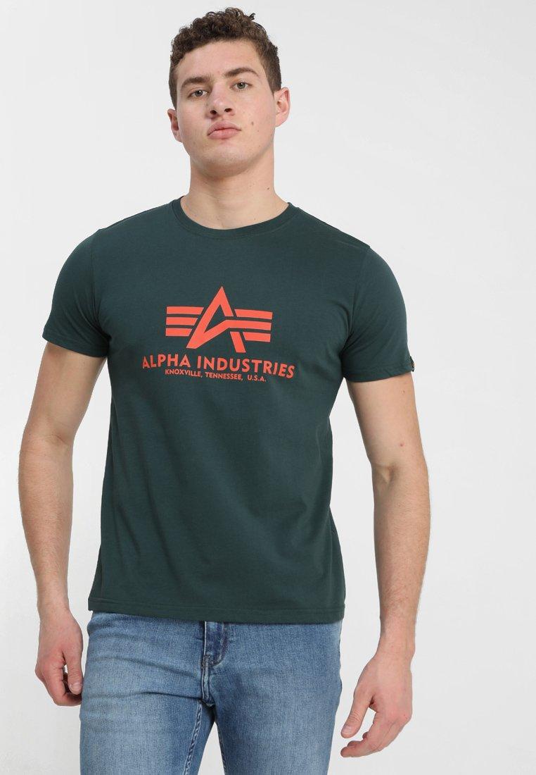 Alpha Industries - BASIC - T-shirt med print - petrol