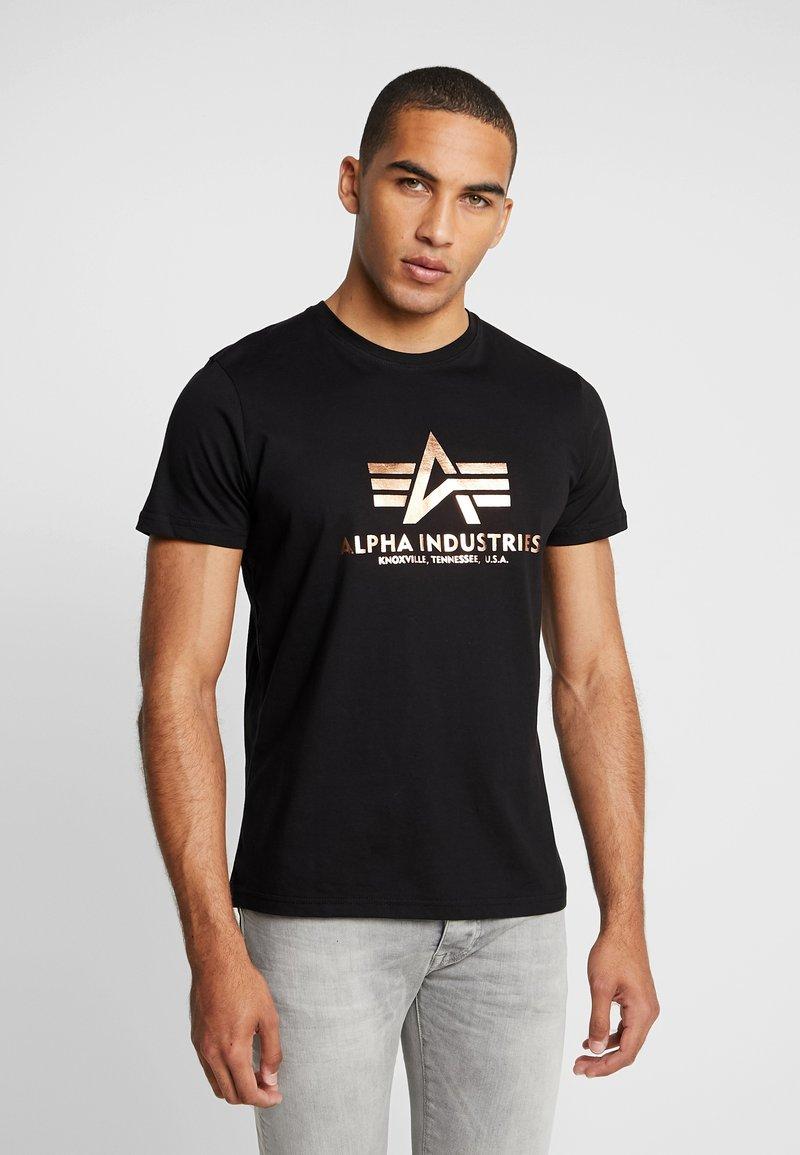 Alpha Industries - BASIC - T-shirt med print - black copper