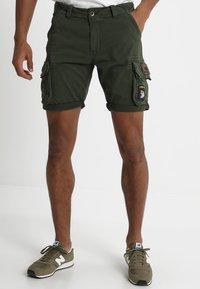 Alpha Industries - CREW PATCH  - Shorts - dark oliv - 0