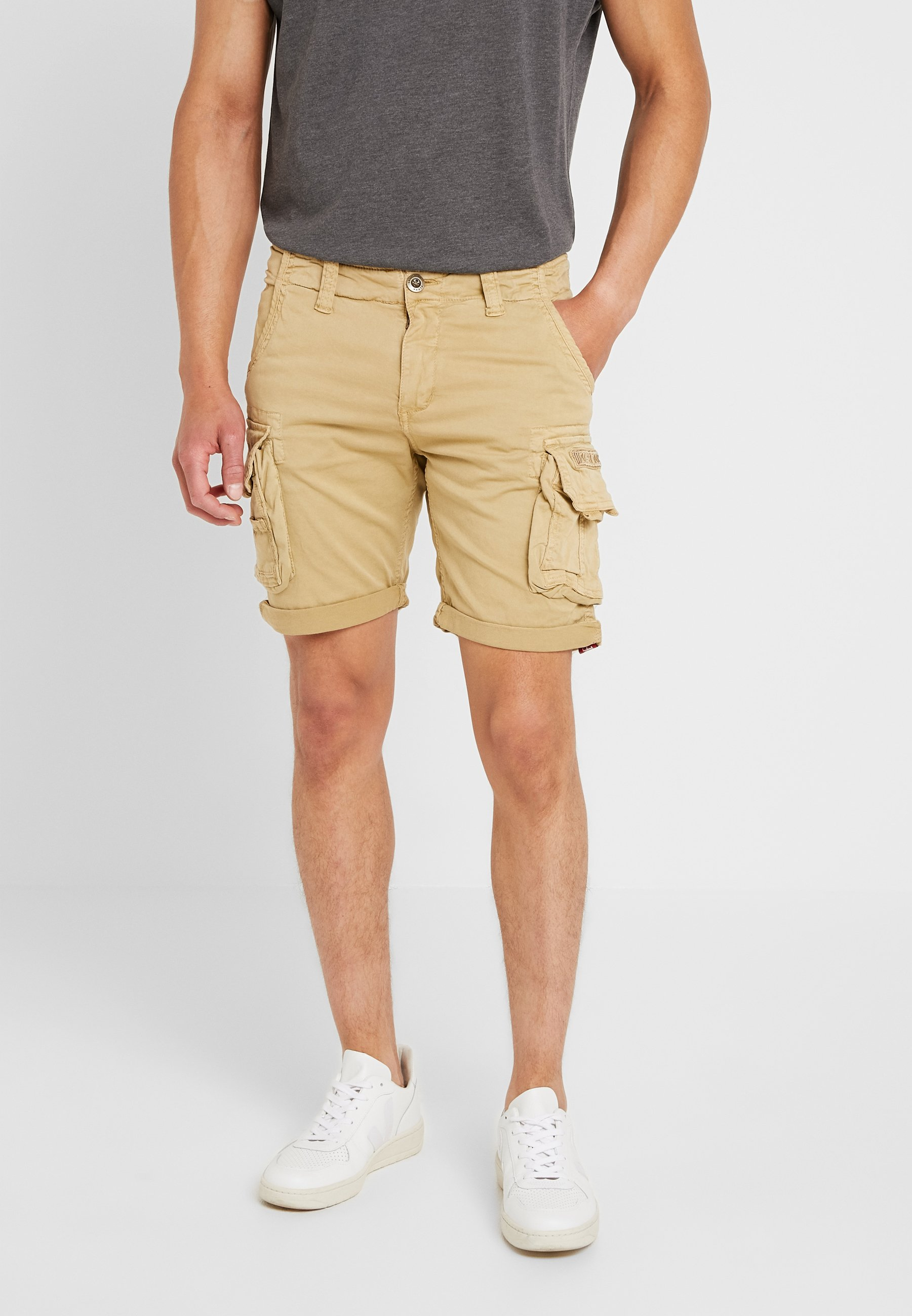 Industries Alpha Sand Alpha CrewShort CrewShort Industries wO8m0vNn