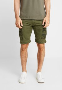 Alpha Industries - Shorts - dark olive - 0