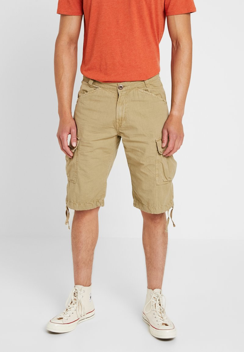 Alpha Industries - RIPSTOP - Shorts - sand