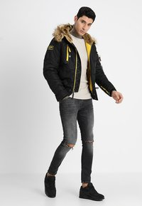 Alpha Industries - Giacca invernale - black - 1