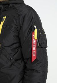 Alpha Industries - Giacca invernale - black - 4