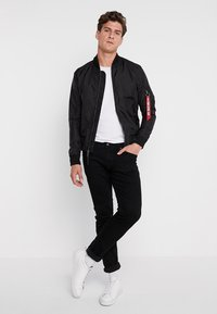 Alpha Industries - Bomber Jacket - black - 1