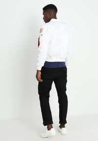 Alpha Industries - NASA - Bomberjacks - white - 2