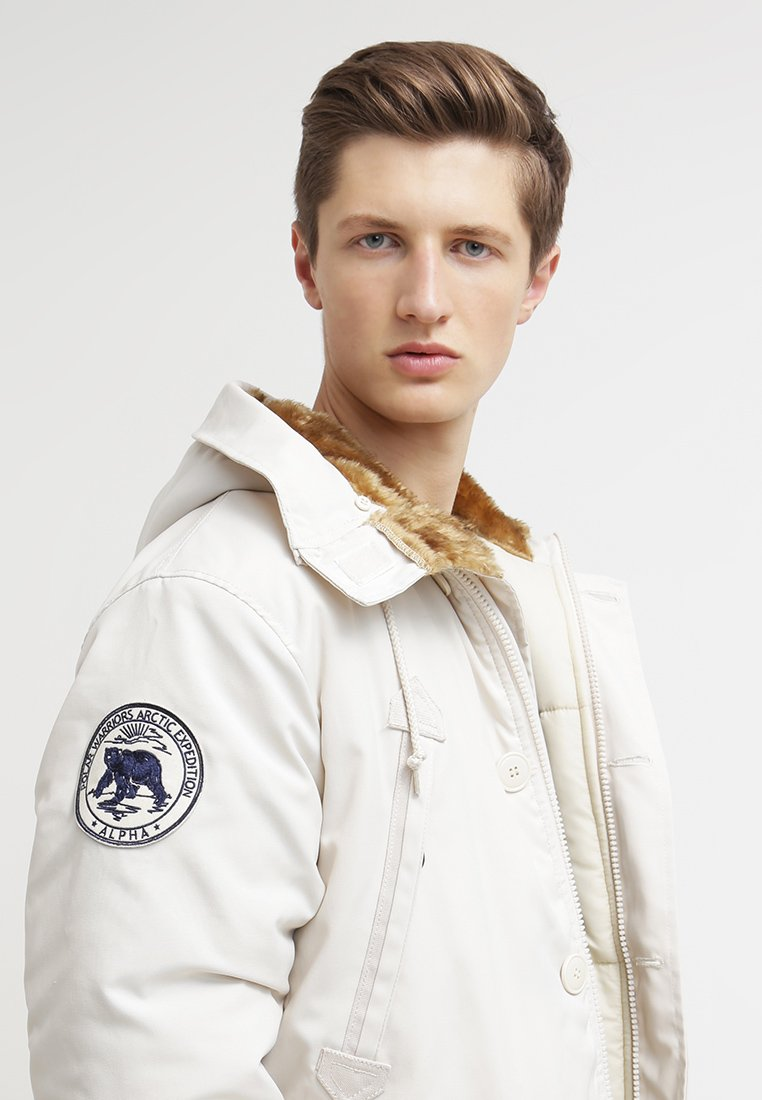 Alpha Industries - Parka - offwhire